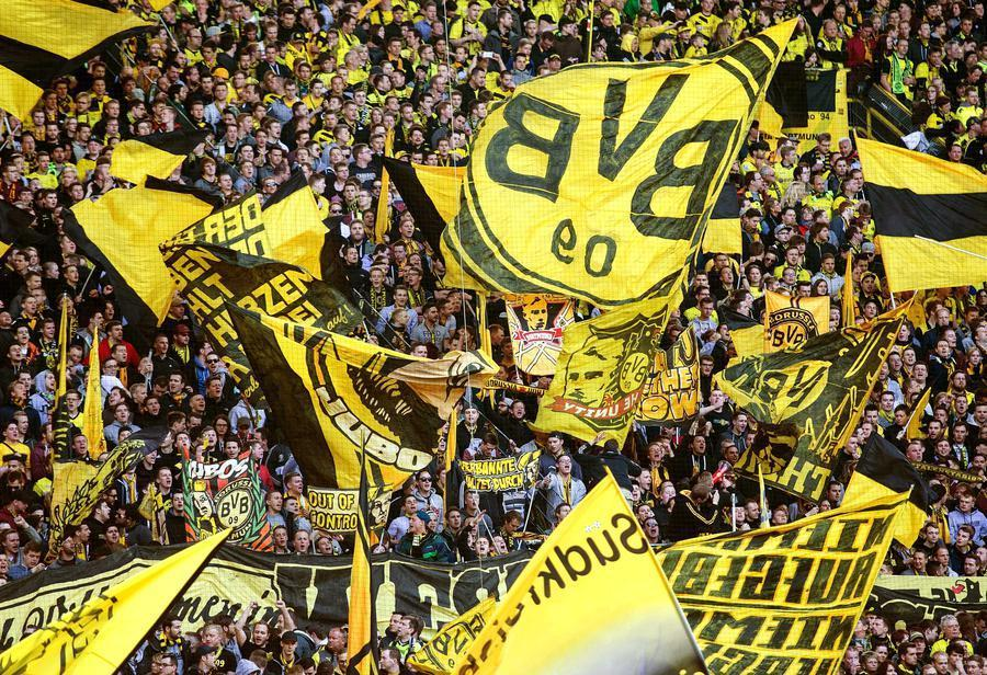 dortmund crowd