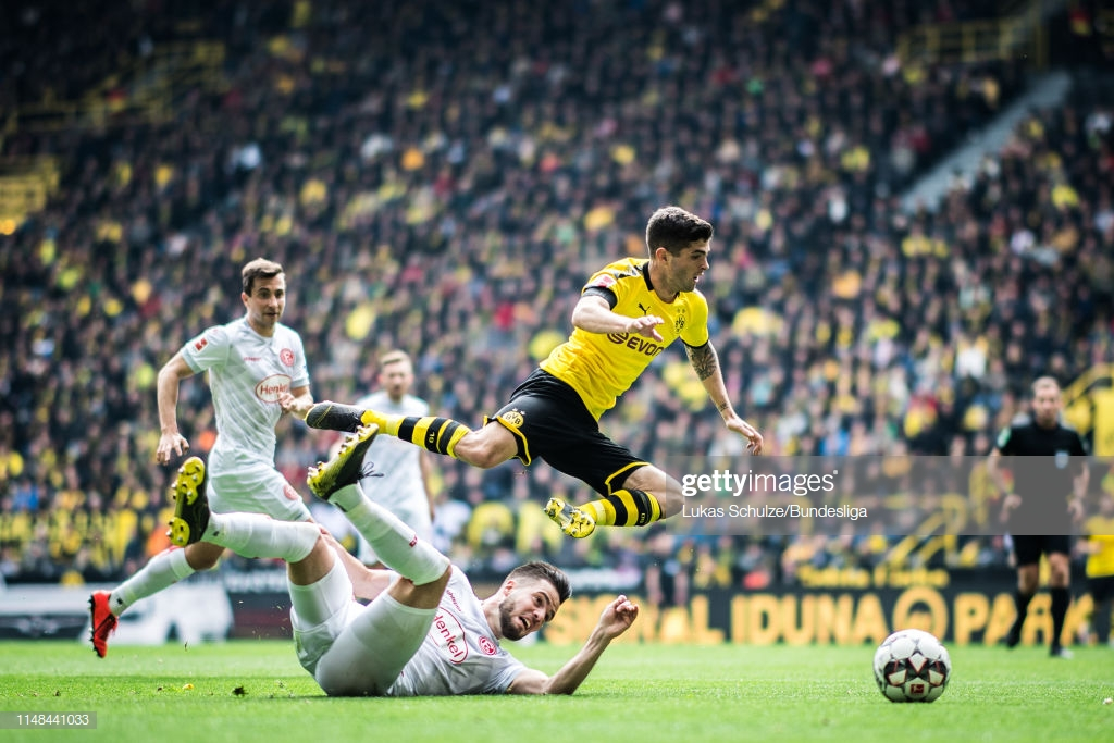 Pulisic duss action.jpg