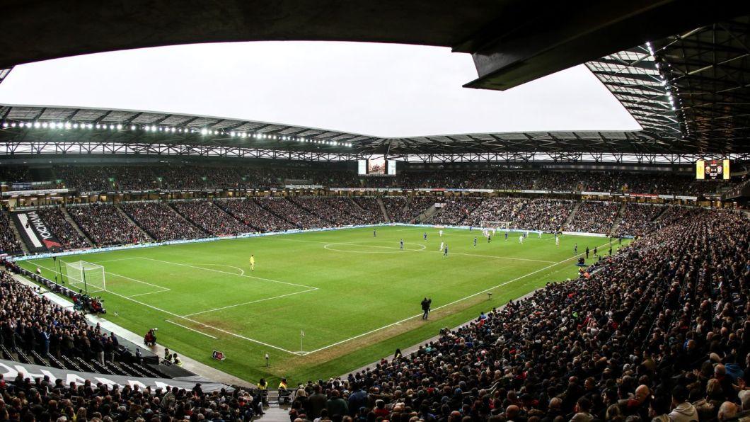 stadiummk-corner-16x9
